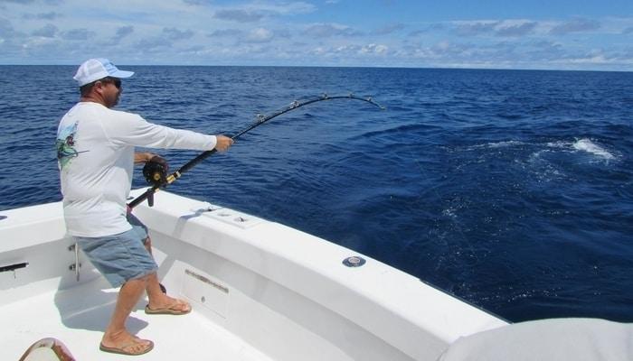 Catching big fish off the Manuel Antonio coast